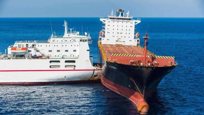 COLLISION-NAVIRES-ACCIDENT-France