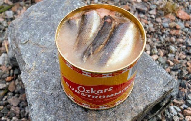 Oskars Surströmming geöffnet