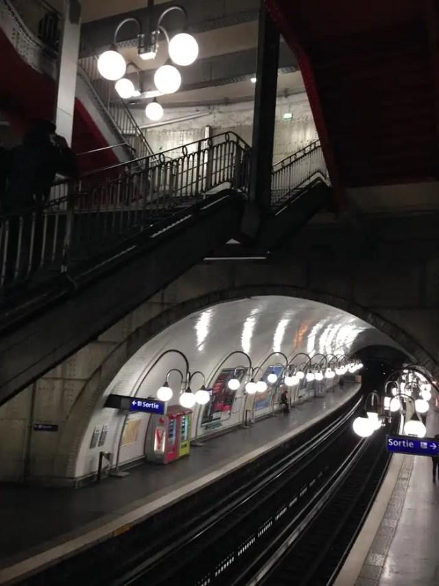 Fermata metro Cité Parigi
