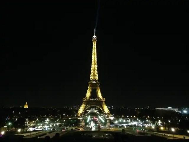 Tour Eiffel di notte