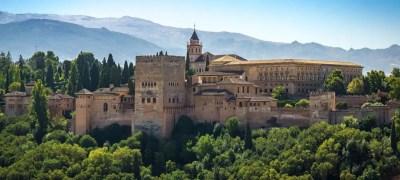 Alhambra: la meravigliosa fortezza UNESCO di Granada in Spagna