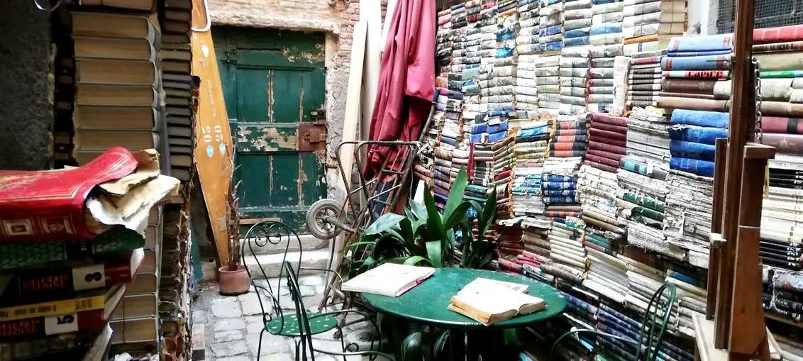 Libreria Acqua Alta: un angolo da scoprire a Venezia