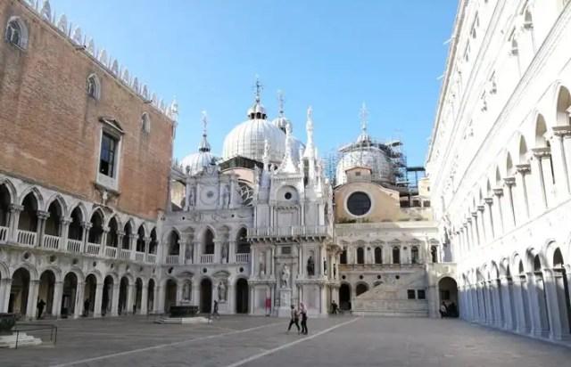 Palazzo Ducale Venezia cortile