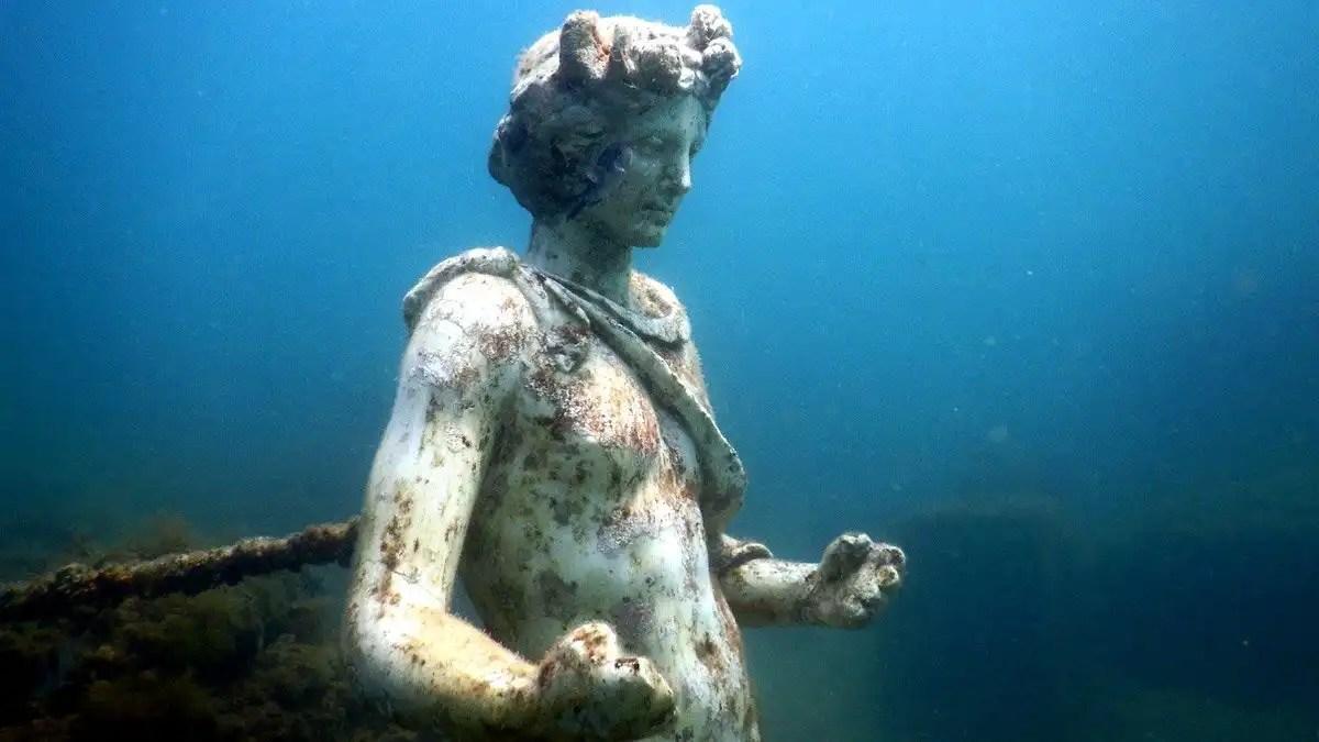 Baia Sommersa: un'immersione nella città sommersa nel Golfo di Napoli
