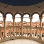 Scalinata Contarini del Bovolo: la scala annoverata tra i 5 gioielli nascosti di Venezia