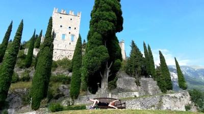 Castello di Arco: visita al fiabesco castello dell'anno 1000 del Lago di Garda Trentino