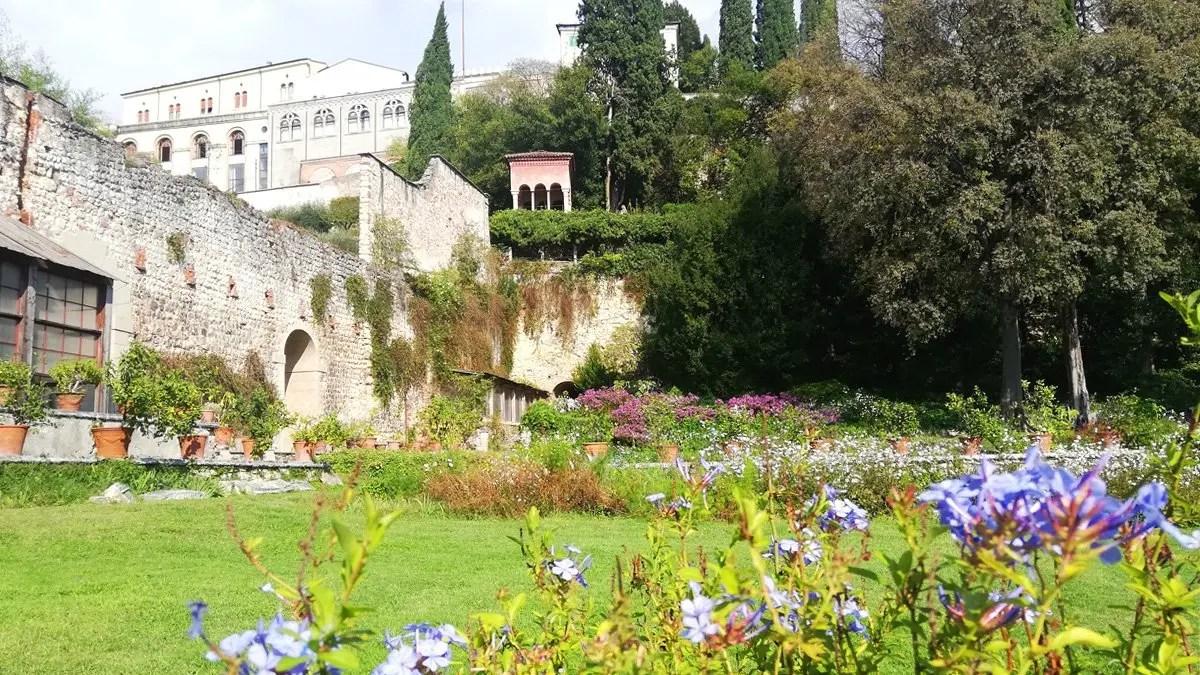 You are currently viewing Giardino Giusti di Verona: visita al giardino storico del 1500 e alla casa museo del 1900