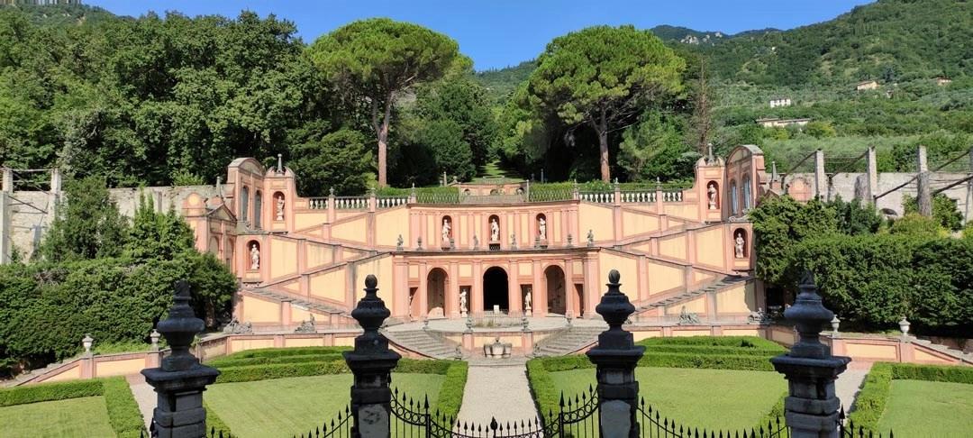 Villa Bettoni: visita al giardino all'italiana di Gargnano sul Lago di Garda
