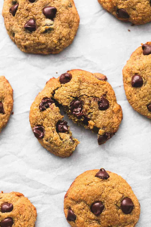 BEST Ever Healthy Banana Chocolate Chip Cookies | lecremedelacrumb.com
