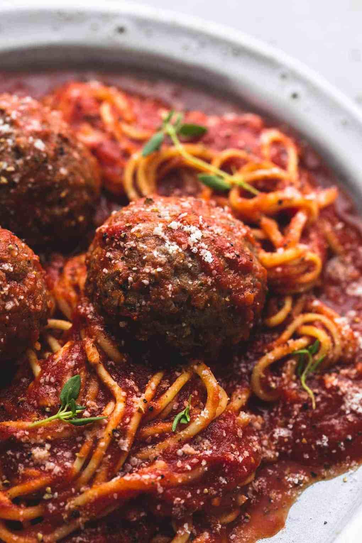 Slow Cooker Spaghetti and Meatballs   lecremedelacrumb.com
