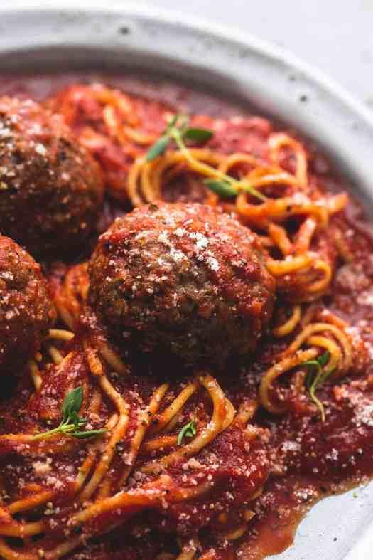 Slow Cooker Spaghetti and Meatballs | lecremedelacrumb.com