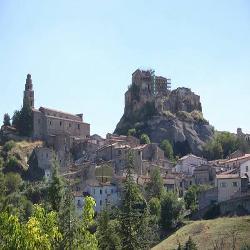 La Città di Laurenzana con i suoi 1745 abitanti è rimasta al medioevo