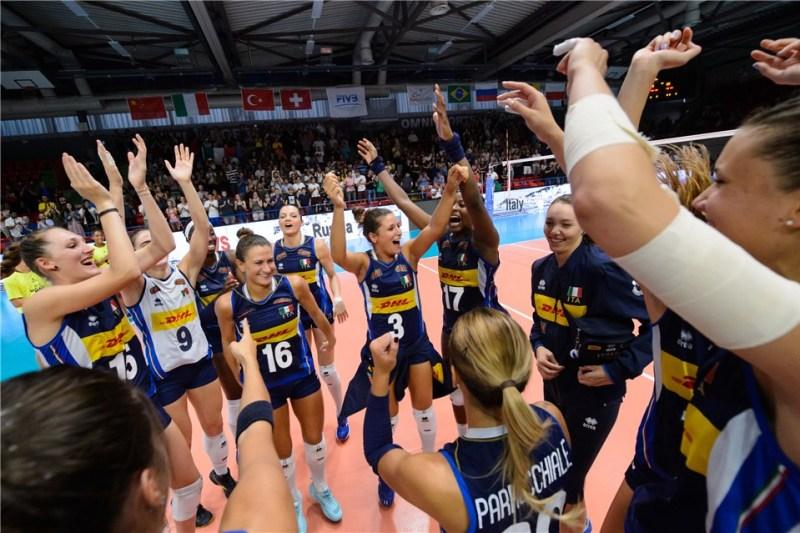 48cc36585240 Dopo 16 anni l Italia del volley femminile giocherà di nuovo la finale del  Mondiale. Come nel 2002 a Berlino