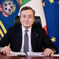 """""""Green pass"""", Mario Draghi firma il decreto. Dal 1° luglio certificati validi in tutta l'Ue"""