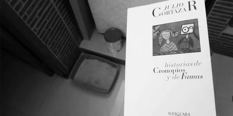 Reseña de Historias de cronopios y famas