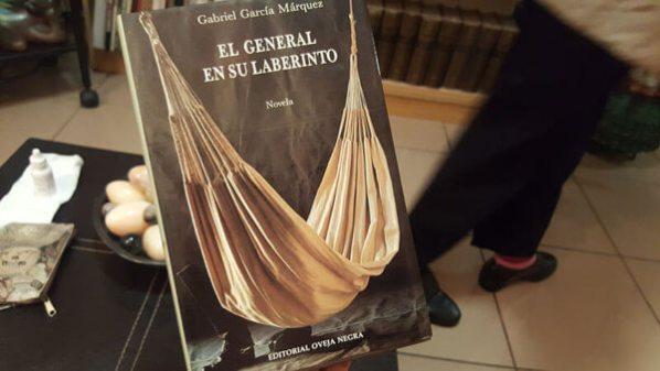 primera edición de El general en su laberinto