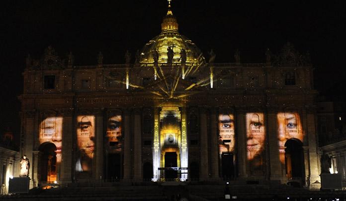 Saint-Pierre de Rome outragé