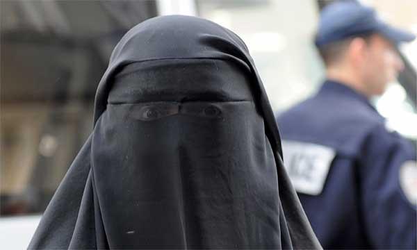 La Suisse contre la Burqa