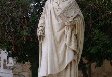 Carthage,_statue_de_Saint_Louis