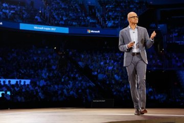 Satya Nadella, CEO de Microsoft, lors du discours inaugural de Microsoft Inspire 2017, la conférence des partenaires de Microsoft