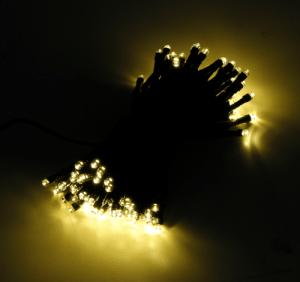Lichterkette mit 100 LEDs warmweiss für Innen und Außen
