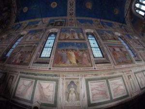 Padova e la Cappella degli Scrovegni: quando una lacrima fa dell'arte pura poesia 1