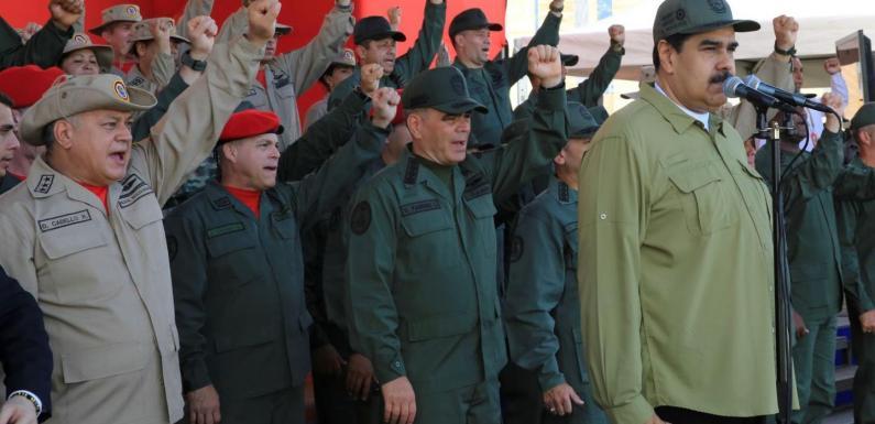 Ultima chiamata dal Venezuela: storia di un Paese immensamente ricco distrutto da vent'anni di propaganda