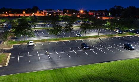 Aplicação da Luminária Pública de LED em Estacionamento