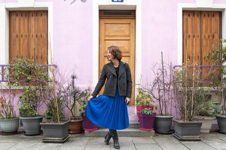 mode fashion bleu éléctrique jupe plissée blog blogueuse paris rue crémieux