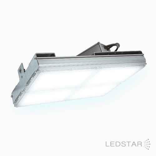 Luminária High Bay LED HE ligada