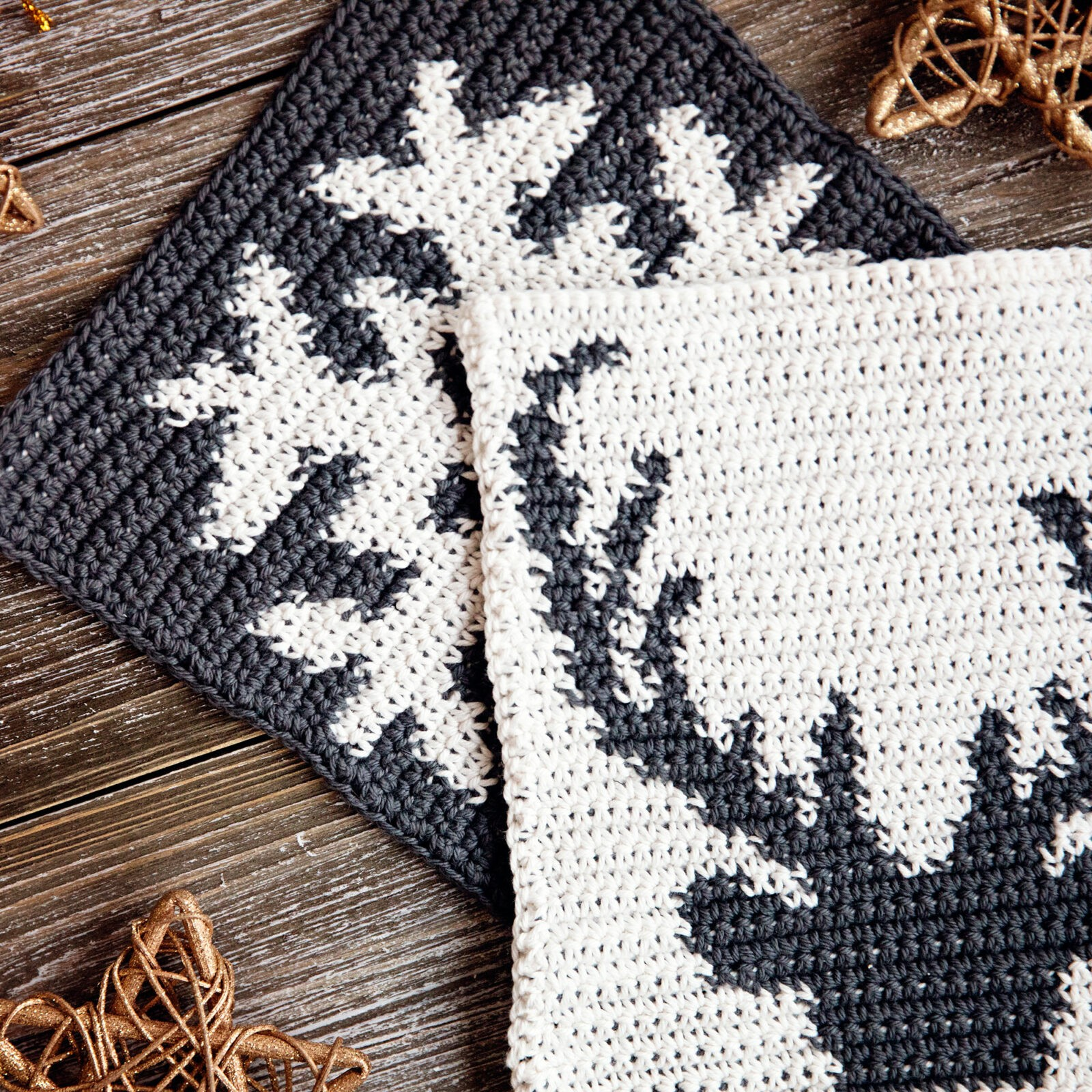 Holiday Potholders Free Pattern - Leelee Knits