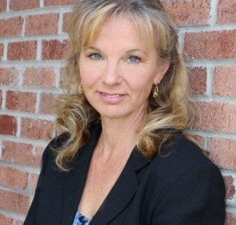 Lisa Black author photo