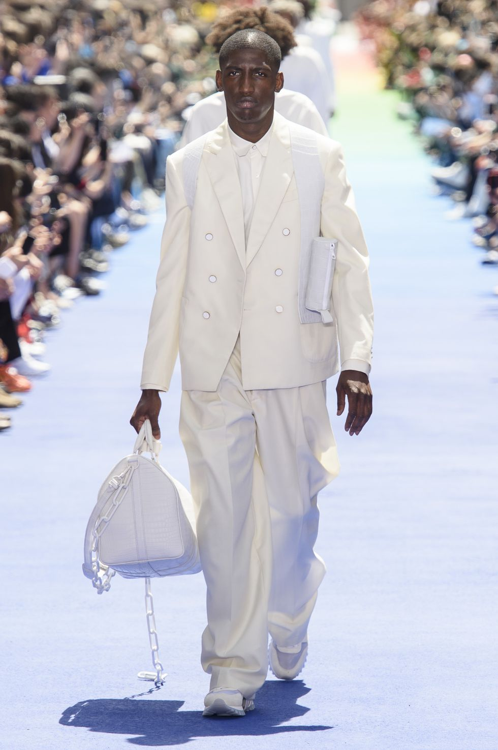 all white outfit louis Vuitton spring 2019 menswear