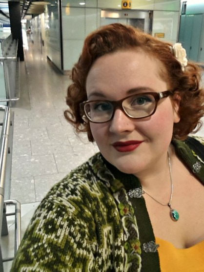 heathrow, pin-curls, pin-up