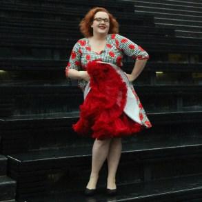 voodoo vixen-suzanne-sam's petticoat-pin up-leesvoer-blogger-retro-dress