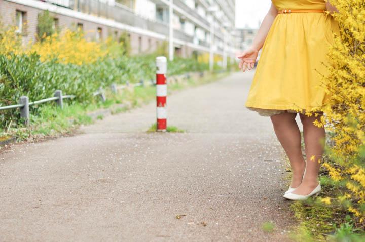 LeesVoer-lente-geel-lindybop-gele jurk (22 van 41)