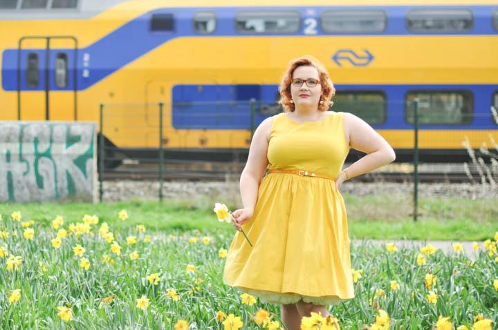 LeesVoer-lente-geel-lindybop-gele jurk (29 van 41)