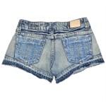 Short en jeans - Poches arrières brodées