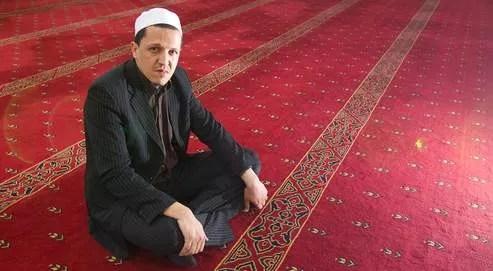 Désormais, sur les terres brûlées du rapprochement, il ne reste que Hassen Chalghoumi. La semaine dernière, il était en Israël et à Gaza, avec un prêtre et un rabbin