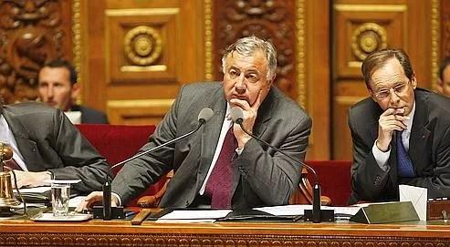 Le président du Sénat, Gérard Larcher, prédit «une majorité de 7 à 14 voix» pour la droite et le centre.