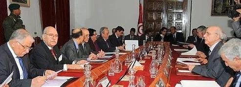 Le gouvernement tunisien <br/>sur le chemin de l'ouverture<br/>