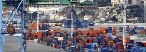 Ports : une réunion mardi pour décider des suites de la grève<br/>