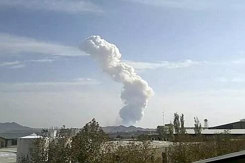 L'explosion d'un dépôt de missiles, samedi à côté de Téhéran, a fait dix-sept morts .
