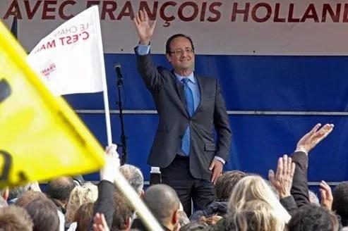 François Hollande était mardi dans l'Aisne, à Hirson, où Marine Le Pen a recueilli 25% des voix au premier tour de la présidentielle.