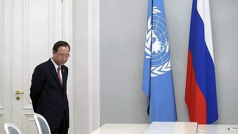 Le secrétaire général de l'ONU Ban Ki-moon, avant de rencontrer Vladimir Poutine, le 17 mai.