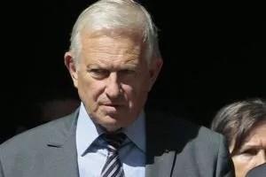 Michel Roussin.