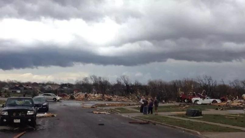 Les premières photos diffusées après le passage de la tornade dans l'Illinois, ce dimanche 17 novembre.