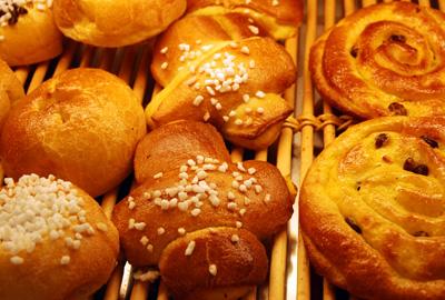 Le Croix de Savoie pasty in La Clusaz, France. Copyright LeFrancoPhoney blog.