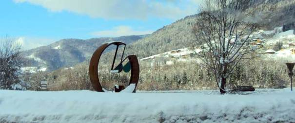 <Photo of the new roundabout decoration between Thones and Alex in the Aravis, Haute Savoie, France>