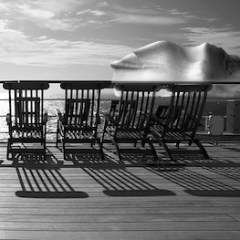 deck-chairs-on-Titanic